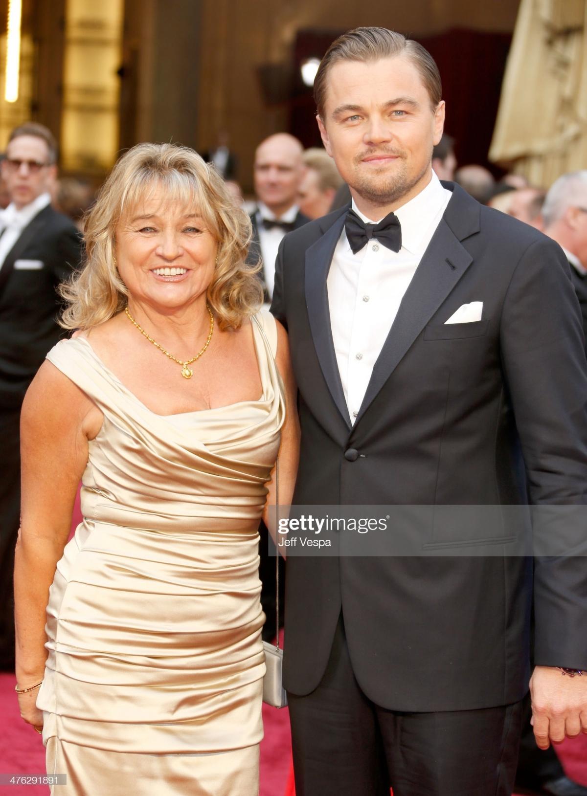 Leonardo DiCaprio và mẹ - bà Irmelin Indenbirken tại lễ trao giải Oscar năm 2014./.