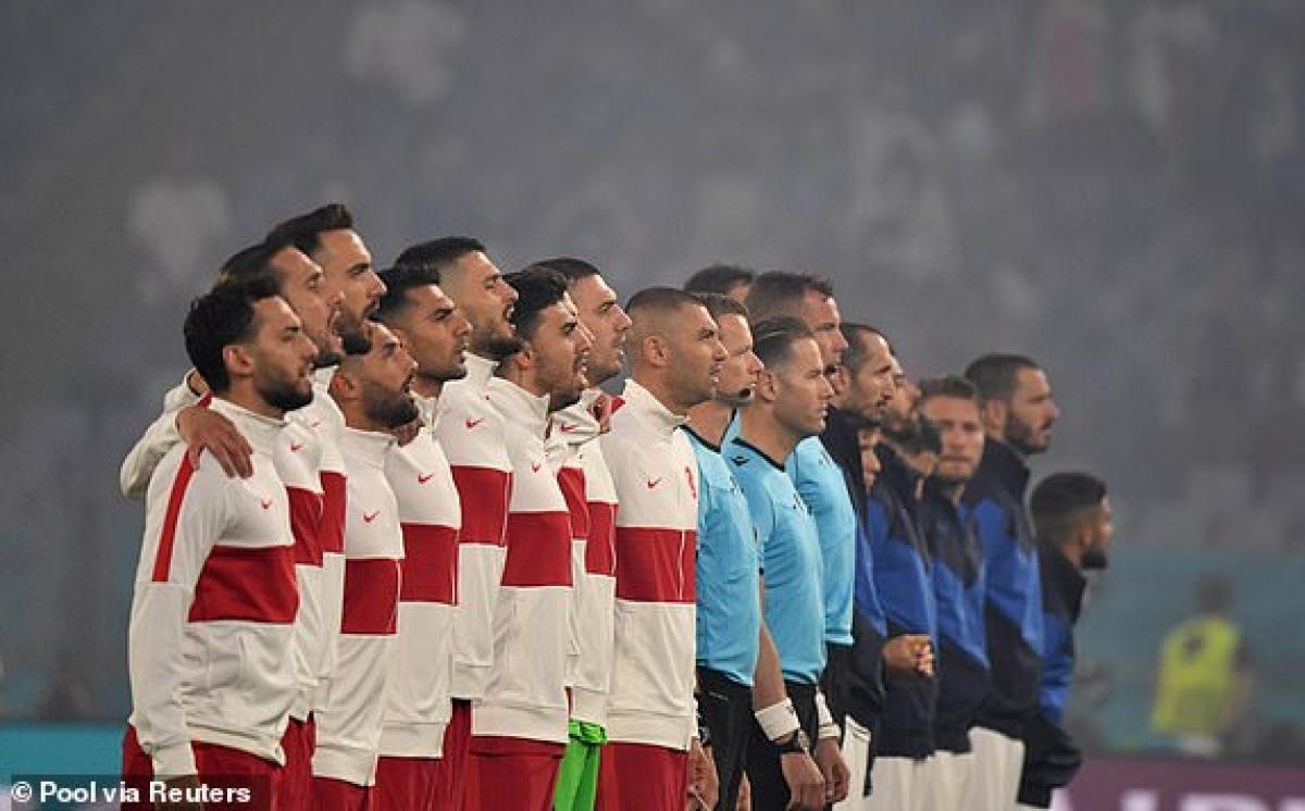 Trận khai màn EURO 2021 giữa Thổ Nhĩ Kỳ - Italia trên sân Olimpico chính thức bắt đầu. (Ảnh: Reuters).