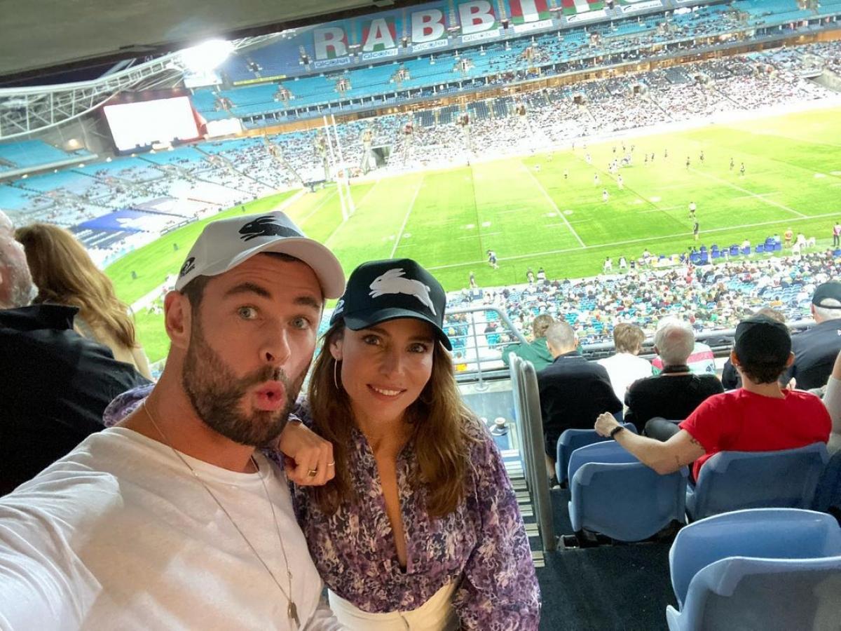 Ngôi sao Chris Hemsworthxuất hiện tại một sự kiện thể thao ở Sydney, hồi tháng 3/2021. Nguồn: Instagram