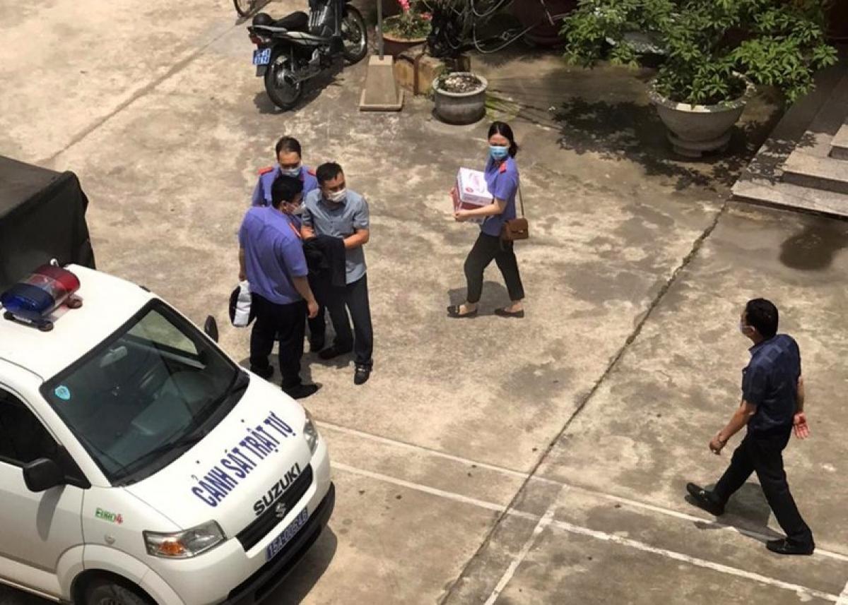 Cơ quan điều tra - Viện Kiểm sát nhân dân tối cao triển khai thông báo về việc khởi tố bị can, tạm giam đối với 3 cán bộ Công an quận Đồ Sơn, Hải Phòng ngày 11/5/2021.