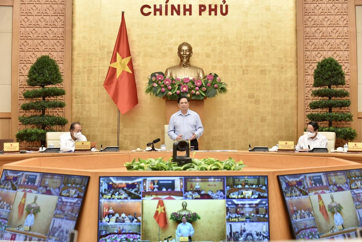 Thủ tướng Phạm Minh Chính phát biểu kết luận tại cuộc họp trực tuyến về phòng, chống dịch COVID-19. Ảnh: VGP/Nhật Bắc