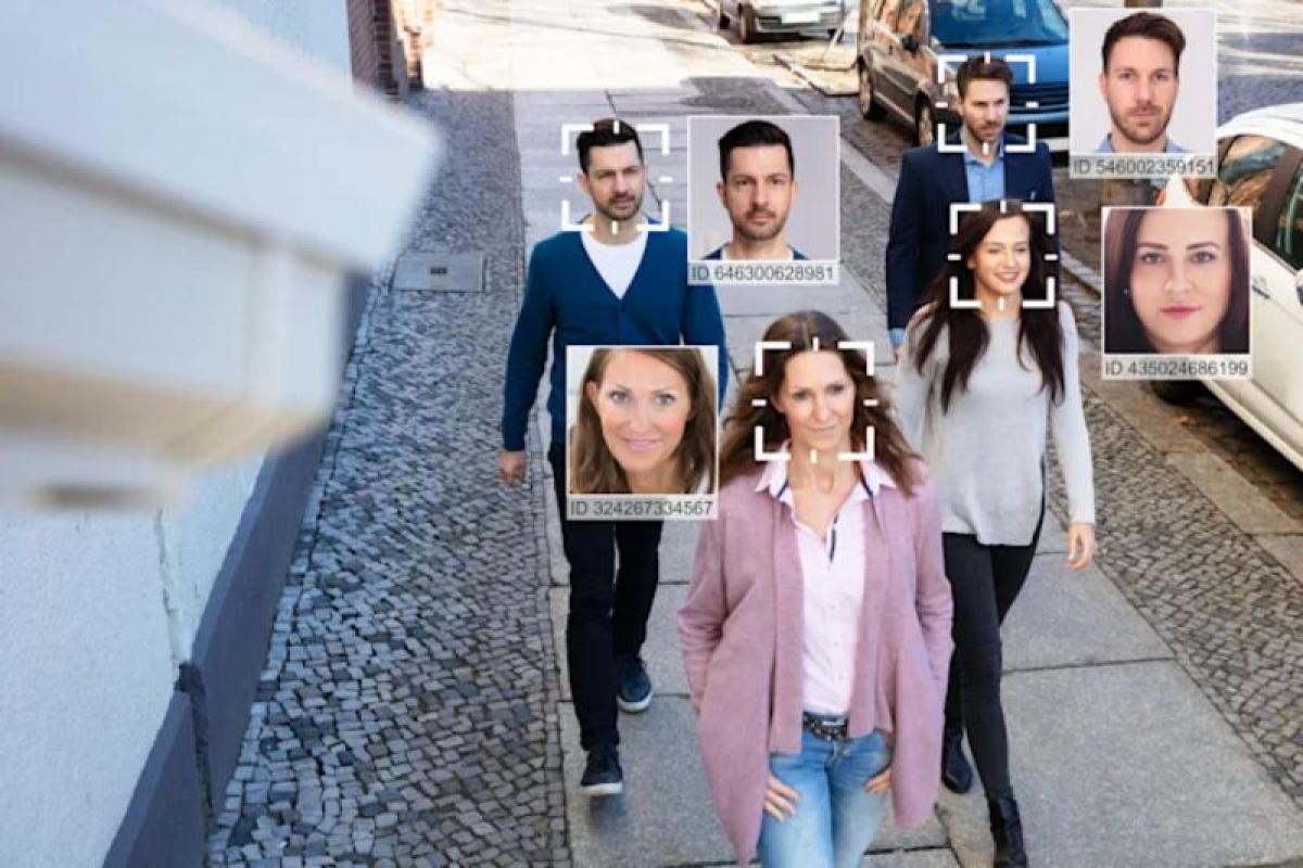 Giới chức Châu Âu lo ngại với việc giám sát khuôn mặt của người dân ở khu vực công cộng - Ảnh: Getty Images.