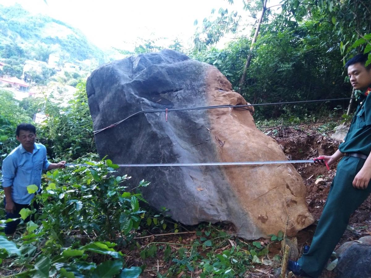 Khảo sát, triển khai các phương án phòng chống sạt lở đất, đá lăn.