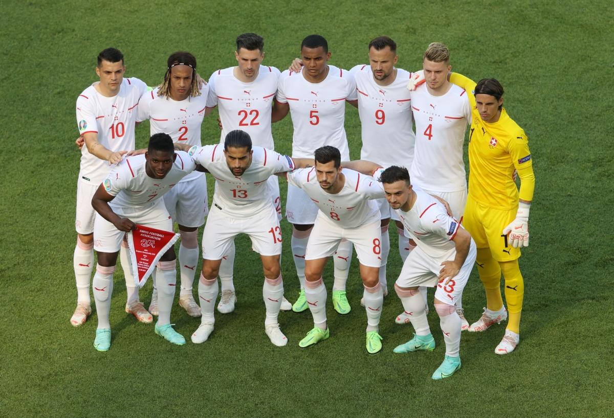 Tối qua (12/6), Thụy Sĩ có trận ra quân ở vòng chung kết EURO 2021 gặp Xứ Wales