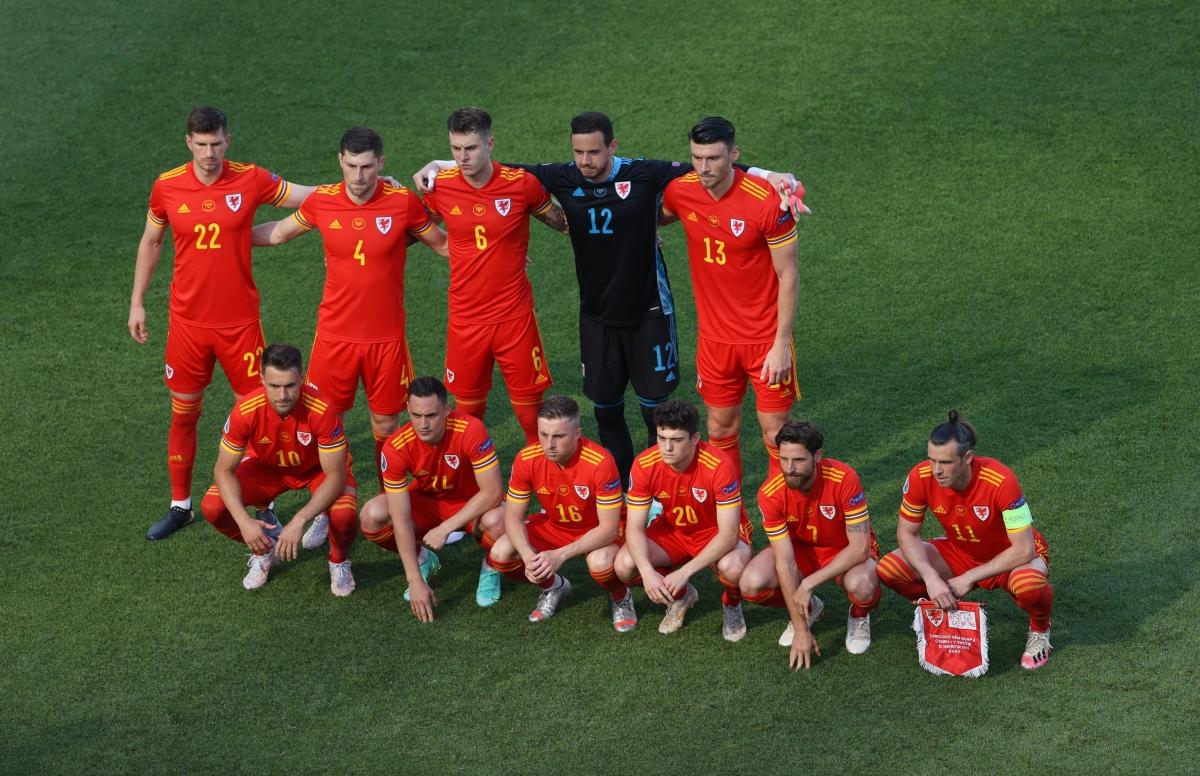 Đội hình ra sân của Xứ Wales (Ảnh: Reuters).