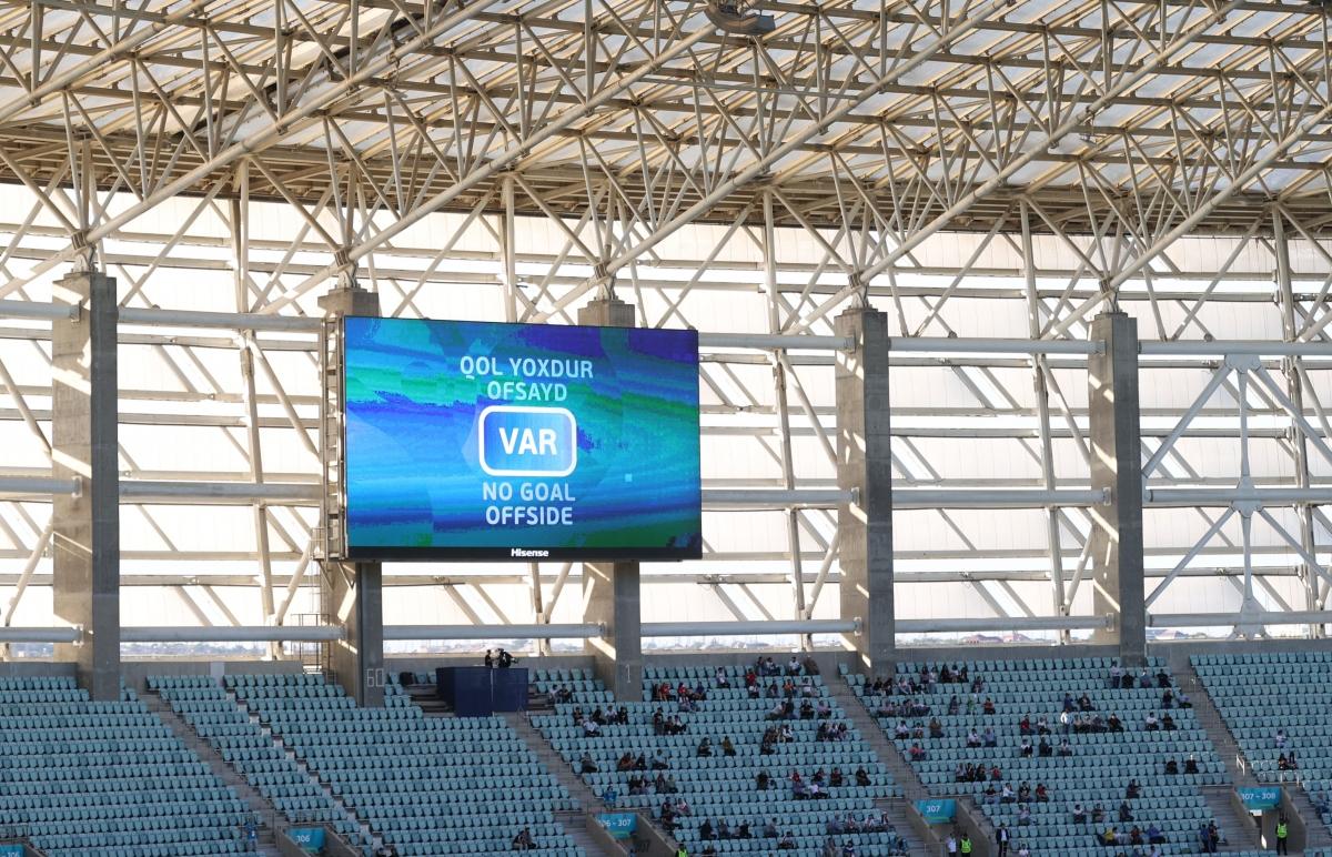 Trong khoảng thời gian còn lại, Thụy Sĩ dâng cao đội hình để tấn công tìm kiếm bàn thắng. Họ đã một lần đưa được bóng vào lưới của Xứ Wales, nhưng bàn thắng không được công nhận vì lỗi việt vị.