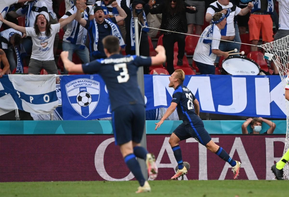 Pohjanpalo ghi bàn giúp Phần Lan giành chiến thắng ở trận đấu đầu tiên tham dự một VCK EURO trong lịch sử. (Ảnh: Reuters).
