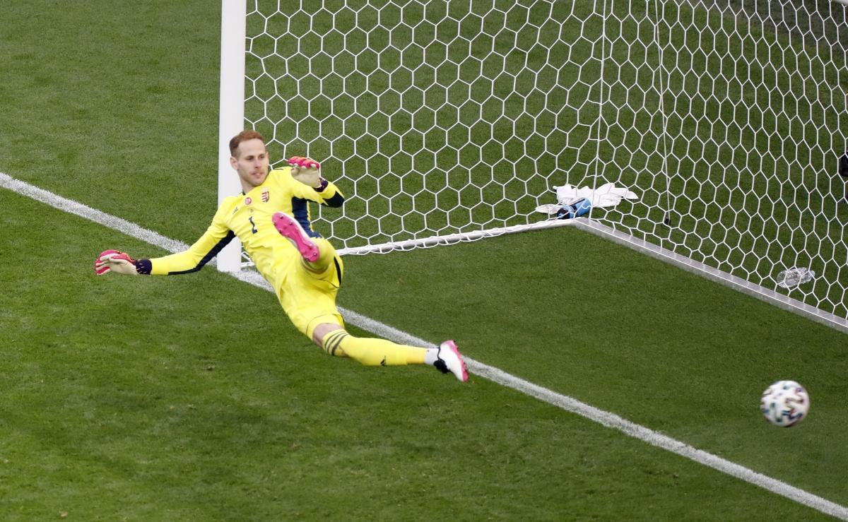 Sau khi giải tỏa được áp lực, Bồ Đào Nha có 2 bàn thắng nữa ở phút 87 và 90+2 do công của Ronaldo để giành chiến thắng với tỉ số 3-0.
