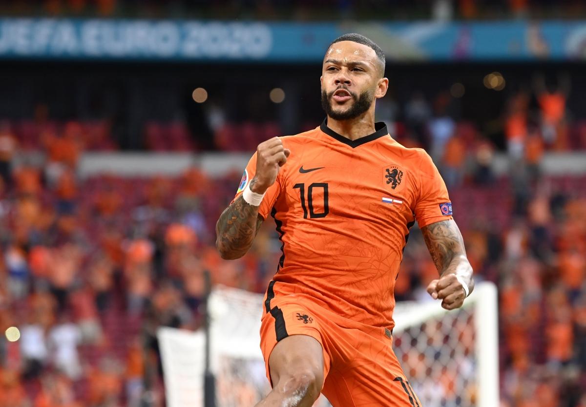 Depay mở tài khoản bàn thắng ở EURO 2021. (Ảnh: Reuters)