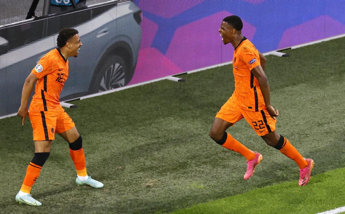 5 bàn của Hà Lan từ đầu giải đều có sự tham gia của Denzel Dumfries (trực tiếp ghi 2 bàn).