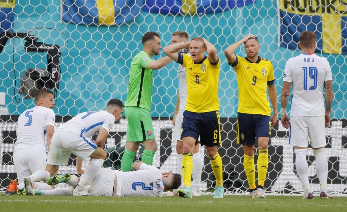 Thụy Điển suýt mở tỷ số. (Ảnh: Reuters)