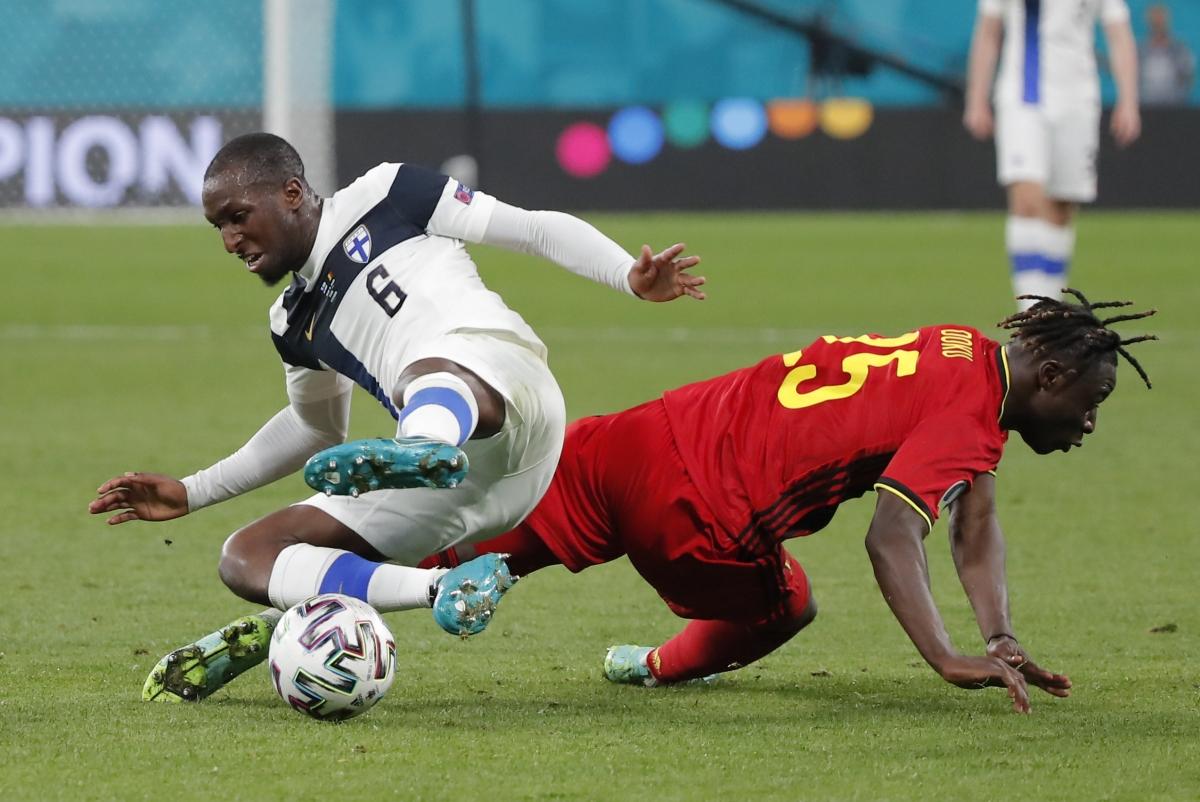 Phần Lan chơi phòng ngự đầy chủ động trước Bỉ. (Ảnh: Reuters).