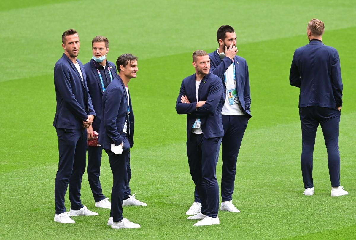 Các cầu thủ CH Séc có mặt ở Wembley từ khá sớm. (Ảnh: Reuters).