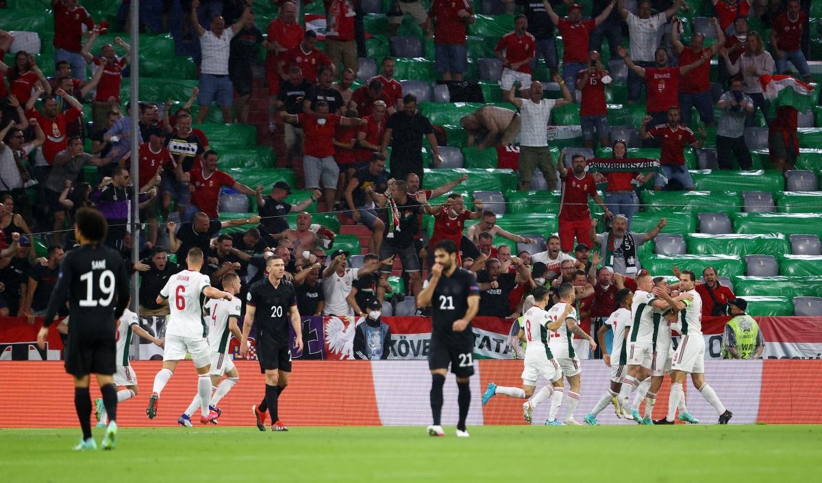 Hungary nắm lợi thế sau 45 phút đầu tiên. (Ảnh: Reuters)