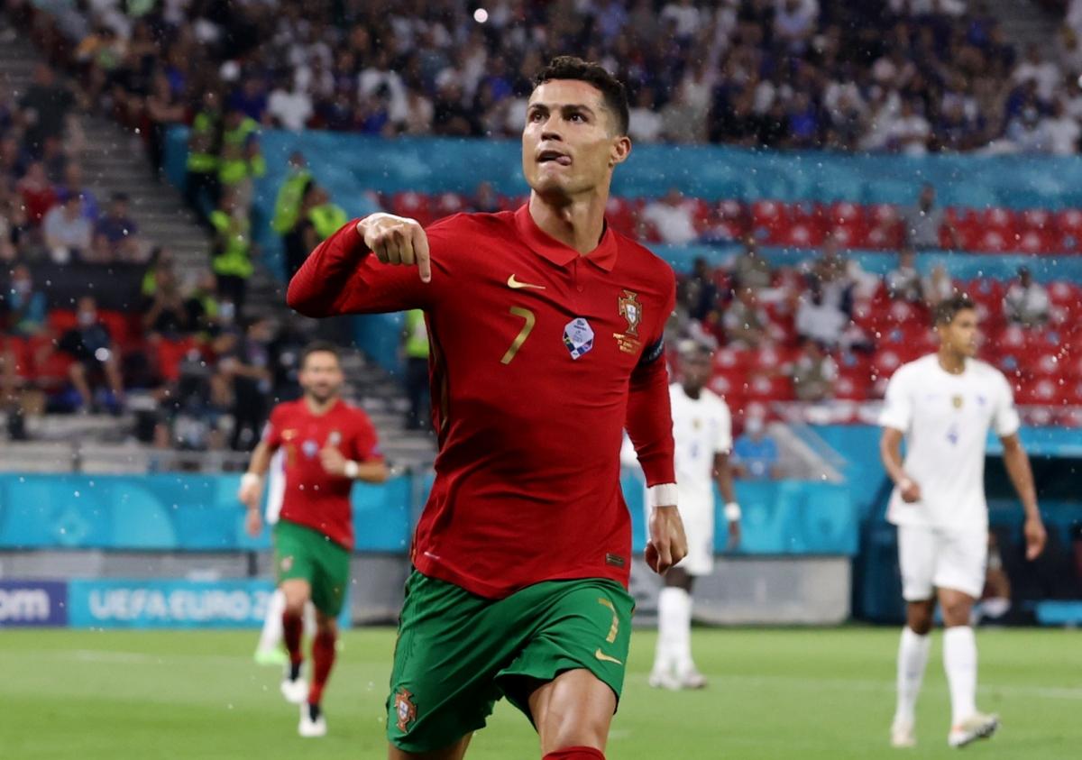 Ronaldo đang dẫn đầu danh sách ghi bàn tại EURO 2021. (Ảnh: Reuters).