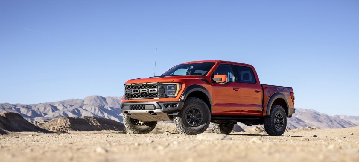 Thay vào đó, Car & Driver đưa tin Ford đã xác nhận chiếc xe tải tiếp tục sản sinh công suất 450 mã lực (336 kW / 456 PS) và 691 Nm.