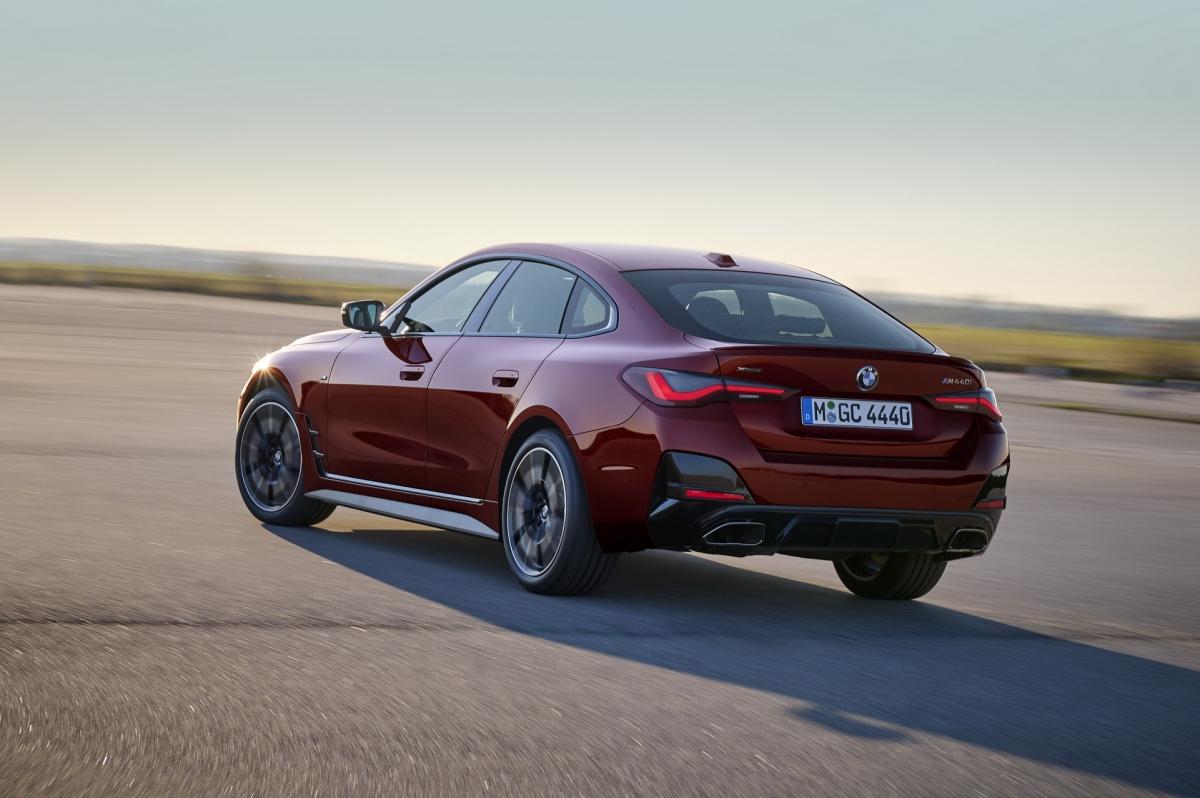 Cung cấp sức mạnh cho 430i Gran Coupe đến từ động cơ tăng áp 4 xi-lanh 2.0 lít có công suất 255 mã lực và mô men xoắn 400 Nm, cho phép chiếc xe đạt tốc độ 96 km/h trong 5,8 giây.