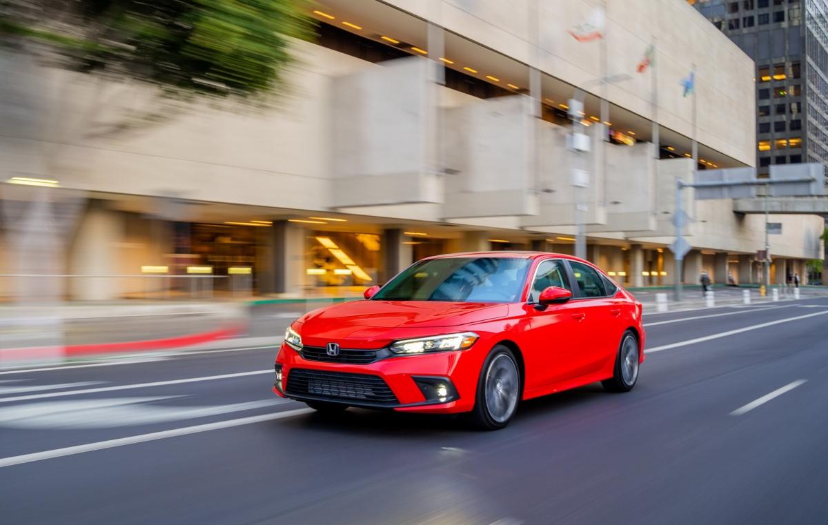 Honda Civic thế hệ mới vừa được giới thiệu.