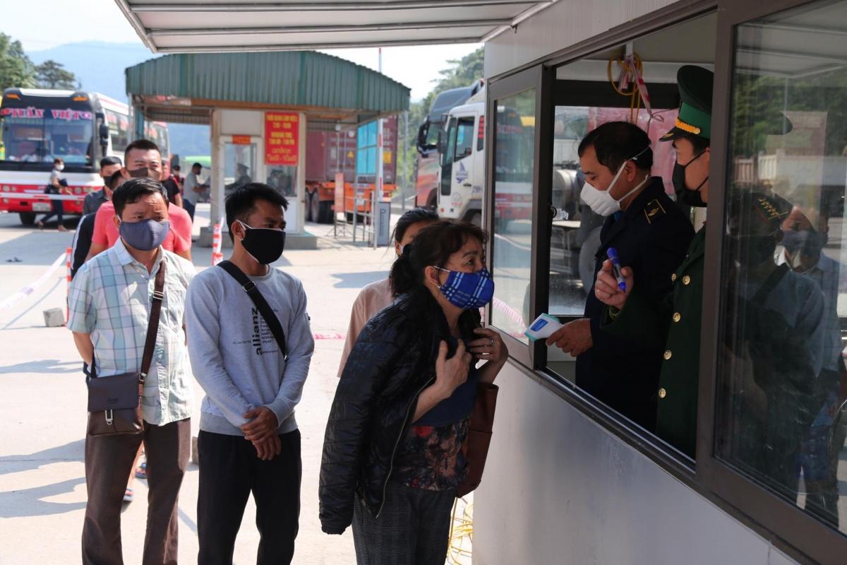 Từ ngày 18/6, Hà Tĩnh tạm dừng tiếp nhận công dân Việt Nam về nước qua Cửa khẩu quốc tế Cầu Treo