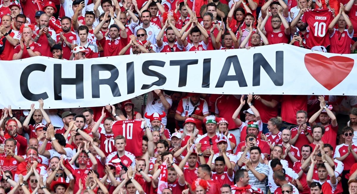 Trận đấu Đan Mạch - Bỉ diễn ra chỉ ít ngày sau sự cố tiền vệ Eriksen bị gục ngã khi đang thi đấu trận Đan Mạch - Phần Lan.
