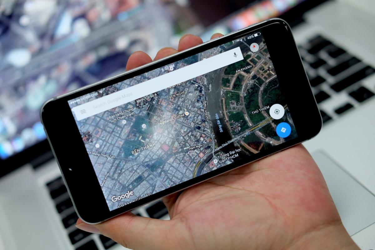 Người dùng gần như không có cách nào sử dụng dữ liệu vị trí trên điện thoại Android mà không chia sẻ với Google. Ảnh minh họa: LP.