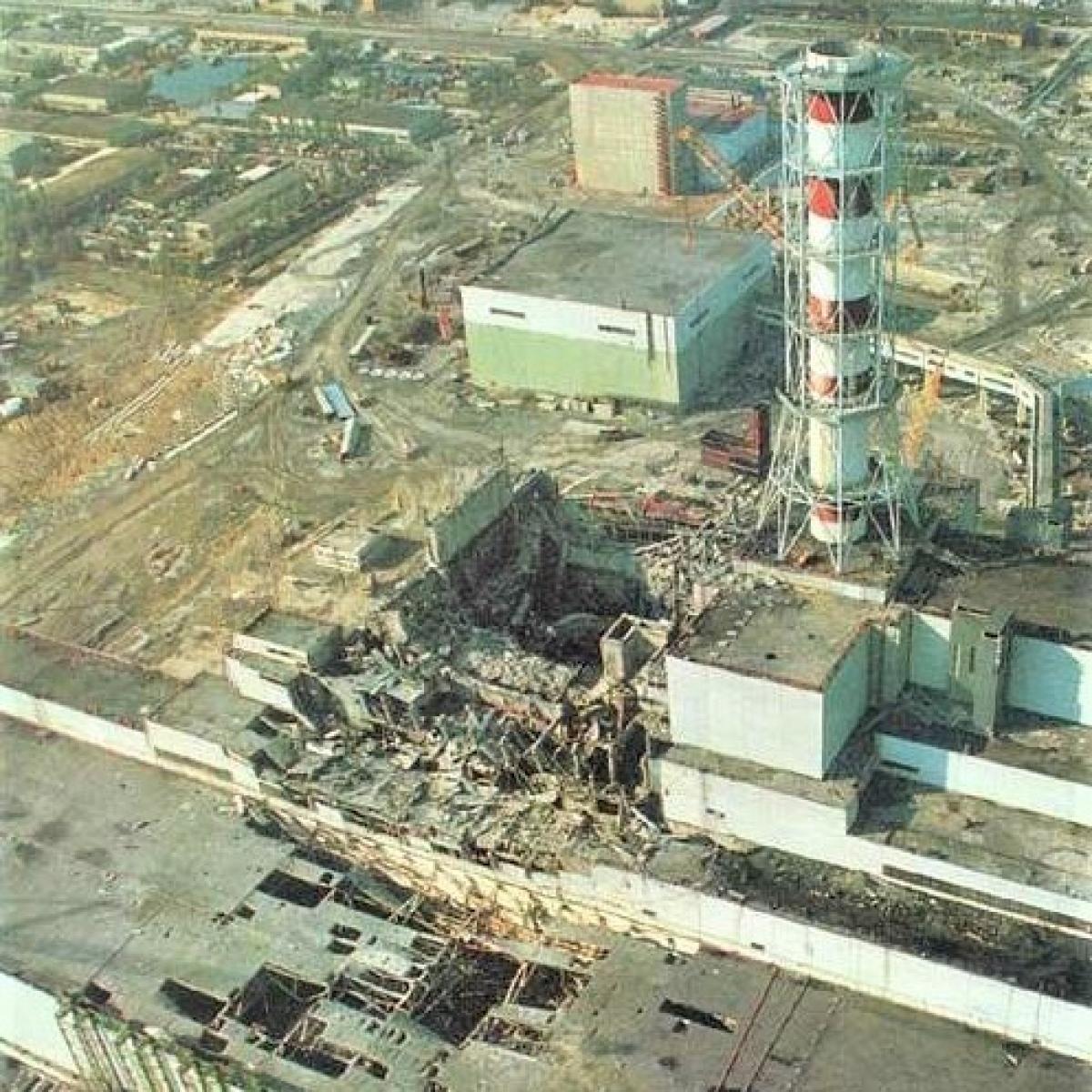 """Vụ nổ giống như một """"quả bom bẩn"""" rất mạnh - tác nhân gây thiệt hại chính là ô nhiễm phóng xạ. Ảnh: Russian7"""