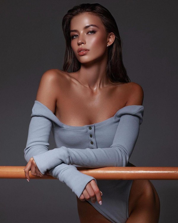 Tân Hoa hậu Trái đất Nga nhận được nhiều lời khen ngợi khi sở hữu gương mặt xinh đẹp.
