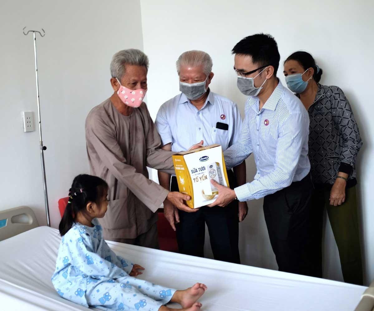Sự chung tay giữa Hội, bệnh viện và nhà hảo tâm như Vinamilk đã mang đến cơ hội sống khỏe mạnh cho nhiều bệnh nhi tim bẩm sinh những năm qua.