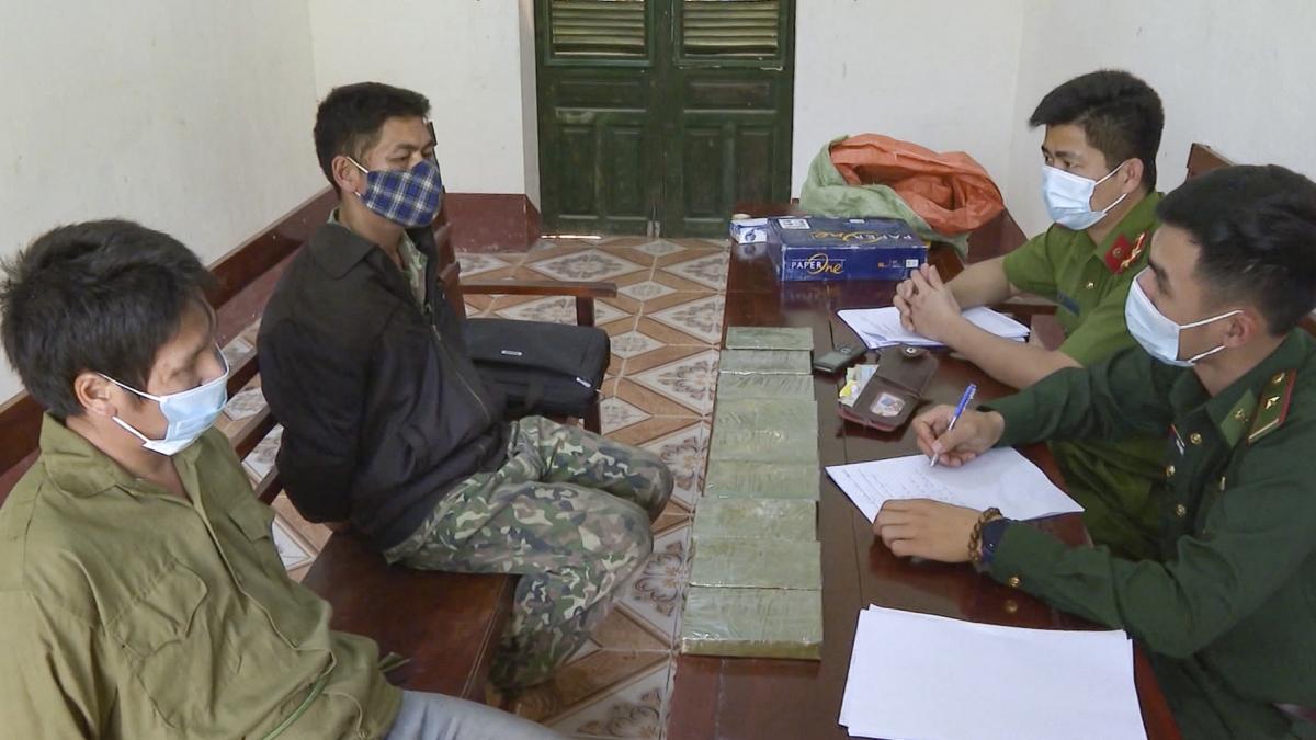 5 năm qua, lực lượng Bộ đội Biên phòng tỉnh Điện Biên đã ghi nhiều dấu ấn trong công tác phòng chống ma túy trên 2 tuyến biên giới Việt Nam – Lào, Việt Nam – Trung Quốc.