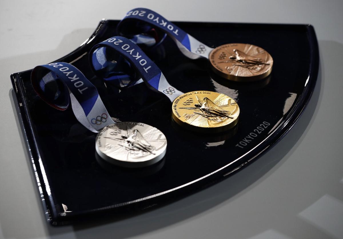 Khay đựng huy chương Olympic (Ảnh: Japantoday)