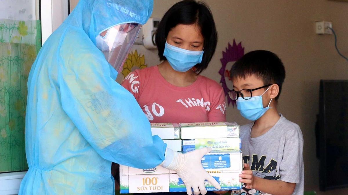 Trẻ em là đối tượng được Vinamilk dành sự quan tâm đặc biệt, với nhiều hoạt động để chăm sóc và bảo vệ các em trong đại dịch.