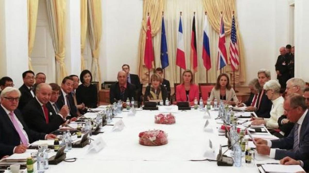 Một cuộc đàm phán giữa Iran và nhóm P5+1. Ảnh: Reuters.