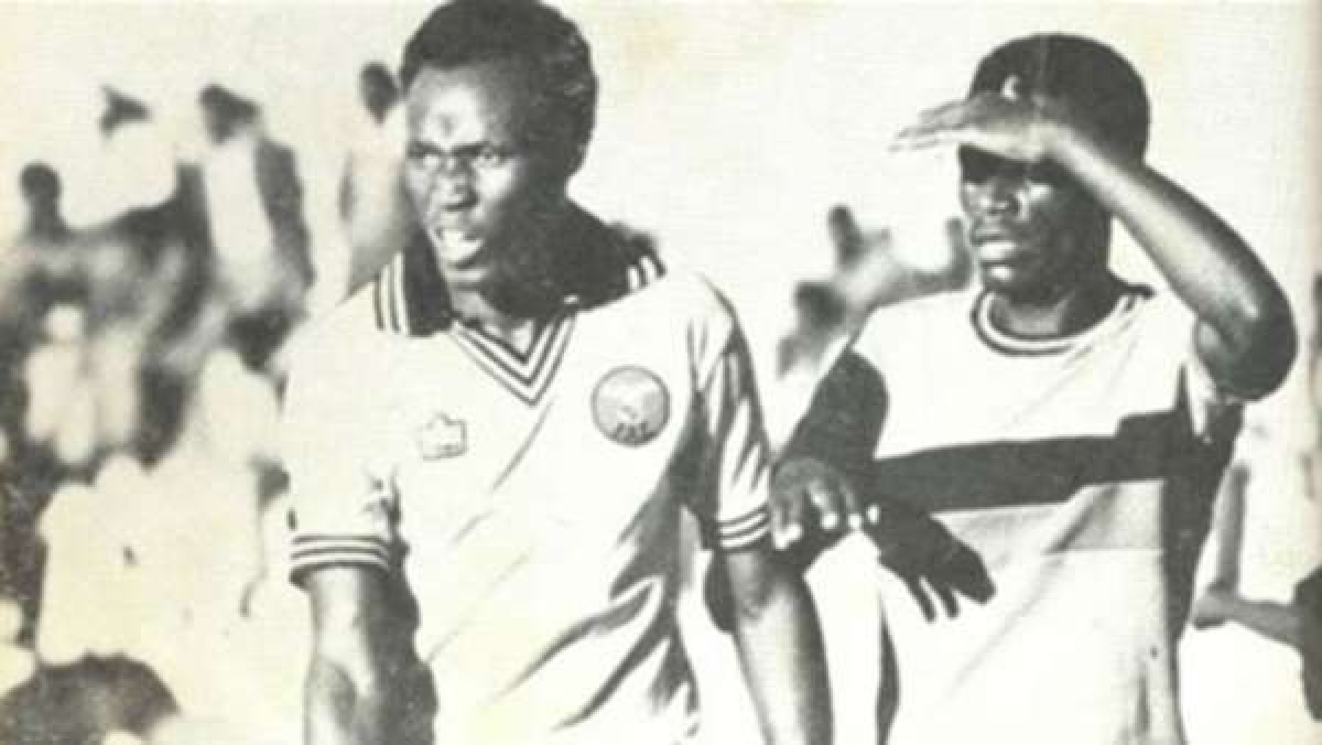 5. Godfrey Chitalu   Zambia   79 bàn thắng/108 trận đấu