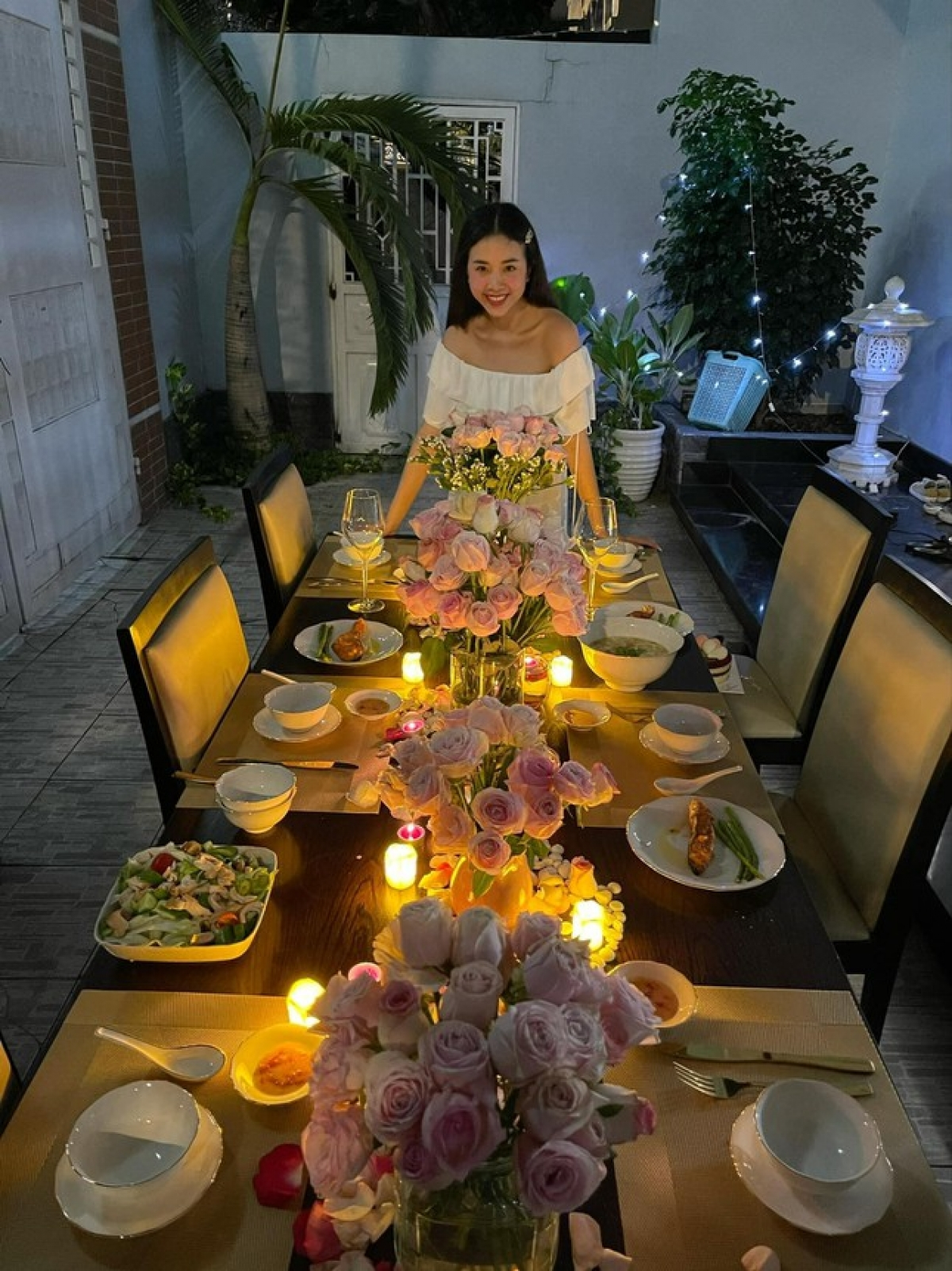 Á hậu Thúy An và ông xã kết hôn hồi tháng 1/2021, sau khi người đẹp sinh năm 1997 hoàn thành 2 năm nhiệm kỳ.