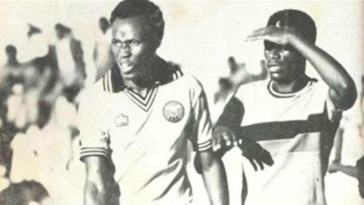 5. Godfrey Chitalu | Zambia | 79 bàn thắng/108 trận đấu