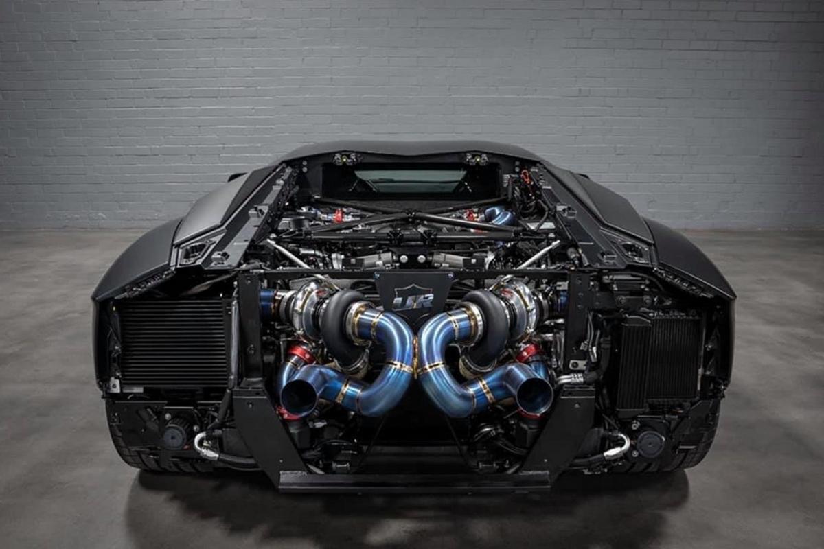 Quay trở lại năm 2012, hãng đã độ công suất 1.200 mã lực trên Lamborghini Aventador, nhưng giờ đây, hãng độ đã nâng lên một tầm cao mới, trở thành hãng đầu tiên lắp cặp tăng áp cho Lamborghini Aventador SVJ trị giá 500.000 USD.