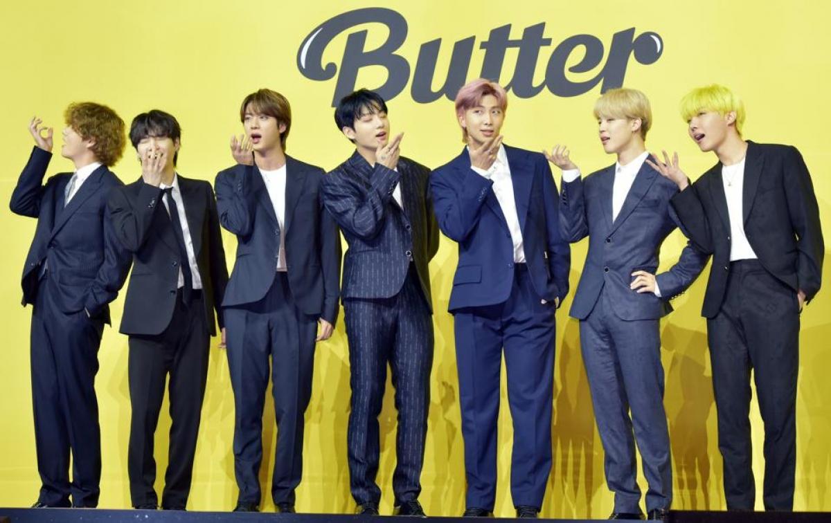 """BTS gây tranh cãi khi giành ngôi vị Quán quân BXH Billboard Hot 100 với """"Butter""""."""