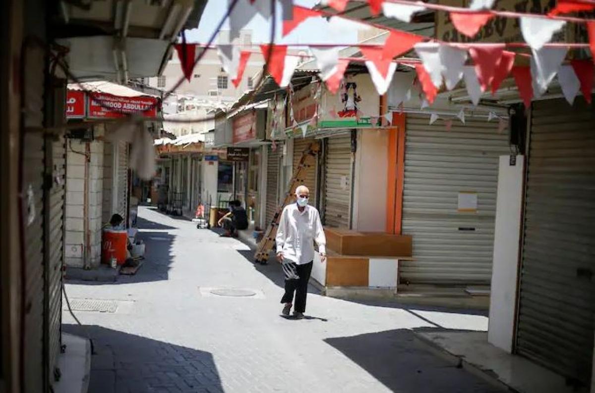 Bahrain trải qua 2 tuần phong tỏa do số ca mắc và số ca tử vong vì Covid-19 tăng cao. Ảnh: Reuters