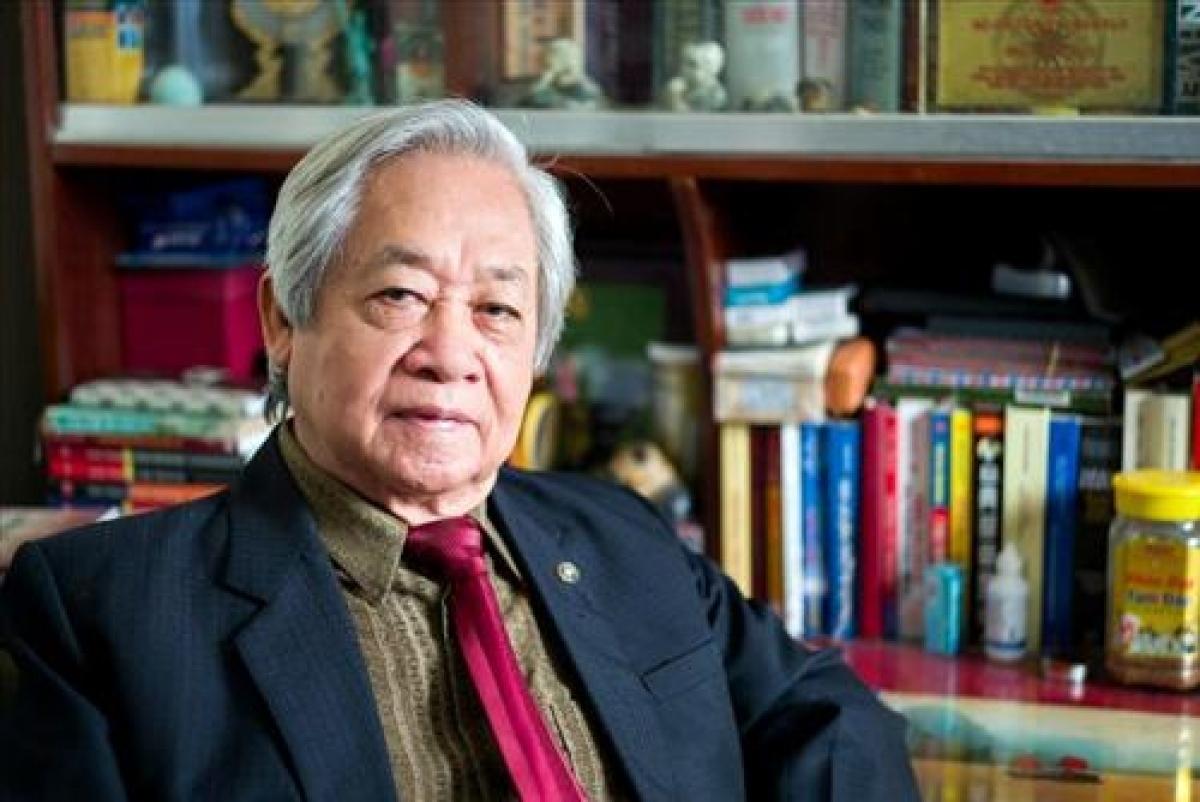 """GS.TS Phạm Tất Dong: Đừng """"khoa học hóa"""" cán bộ lãnh đạo."""