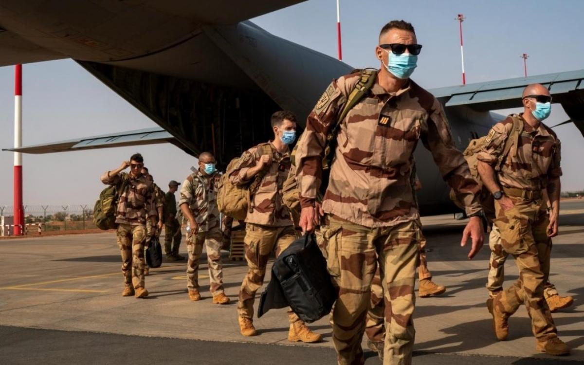 Binh sĩ Pháp tại châu Phi. Ảnh: AP.
