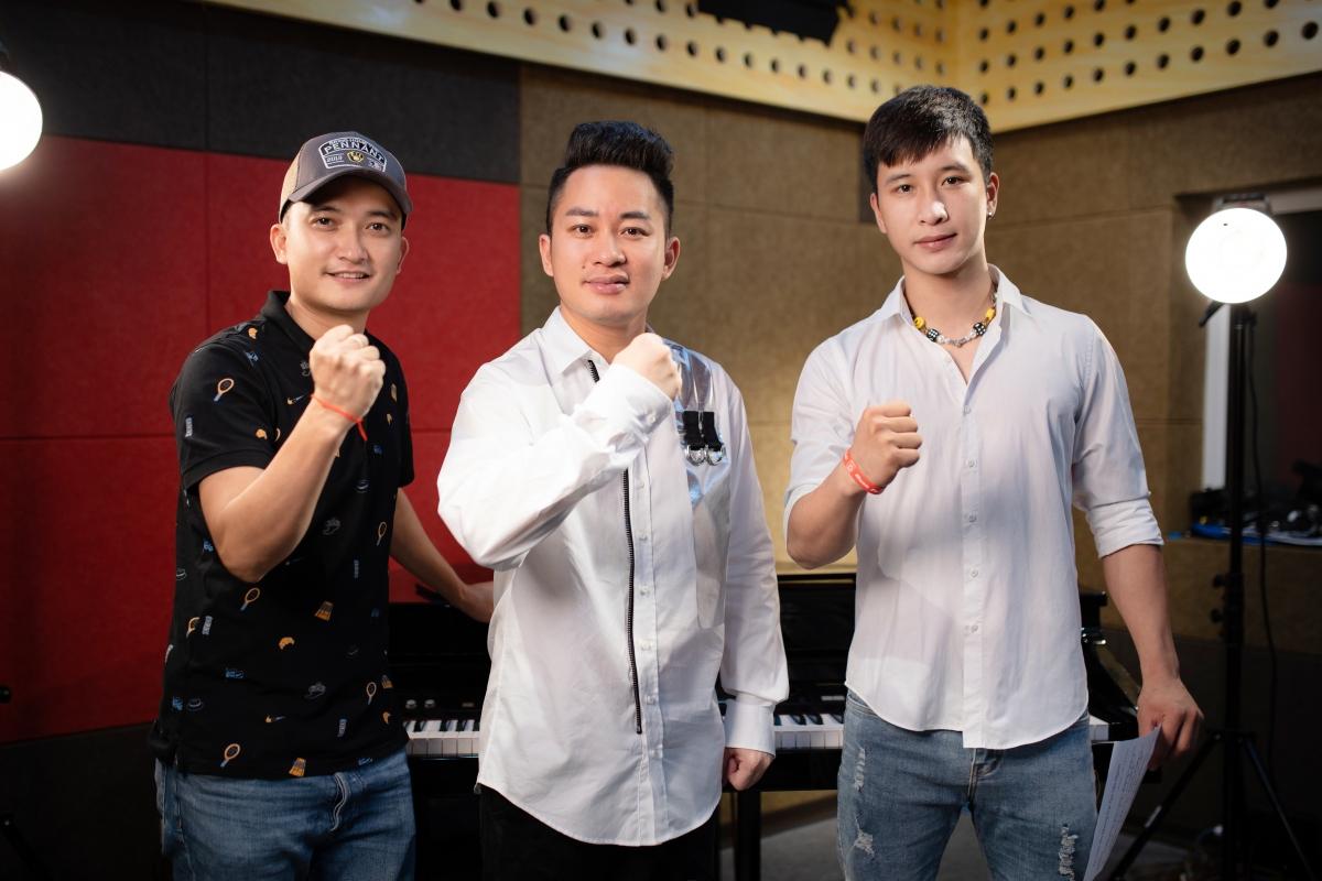 Nhạc sĩ Phạm Việt Tuân, ca sĩ Tùng Dương và rapper Ram C
