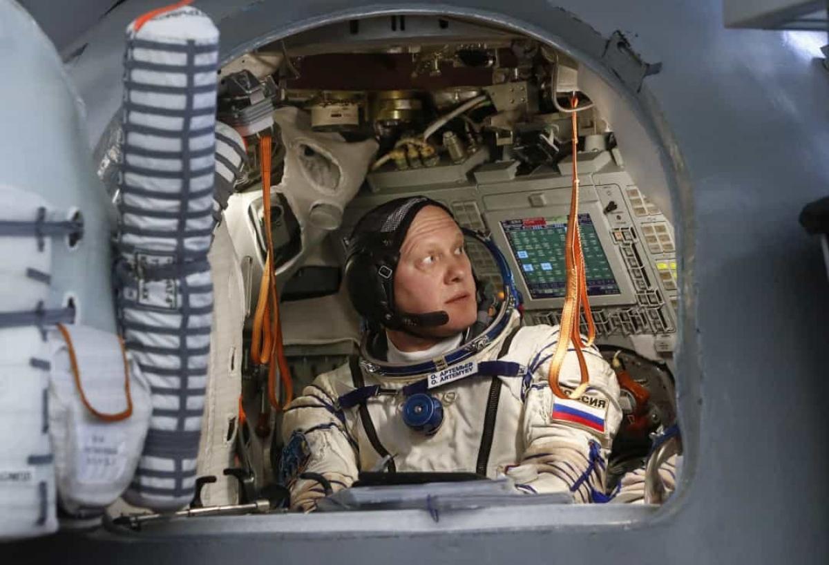 Phi hành gia Nga Oleg Artemyev đang trải qua đợt huấn luyện cuối cùng trước khi thực hiện sứ mệnh không gian tới ISS vào tháng 3/2018.