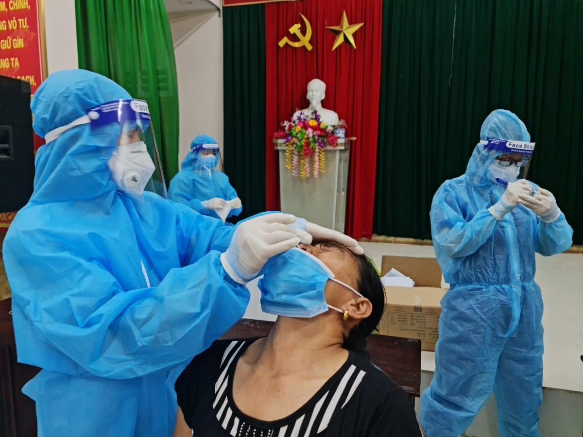 Trong 10 ngày qua Nghệ An đã phát hiện 10 ca mắc Covid-19 trong đó nhiều trường hợp chưa rõ nguồn lây.