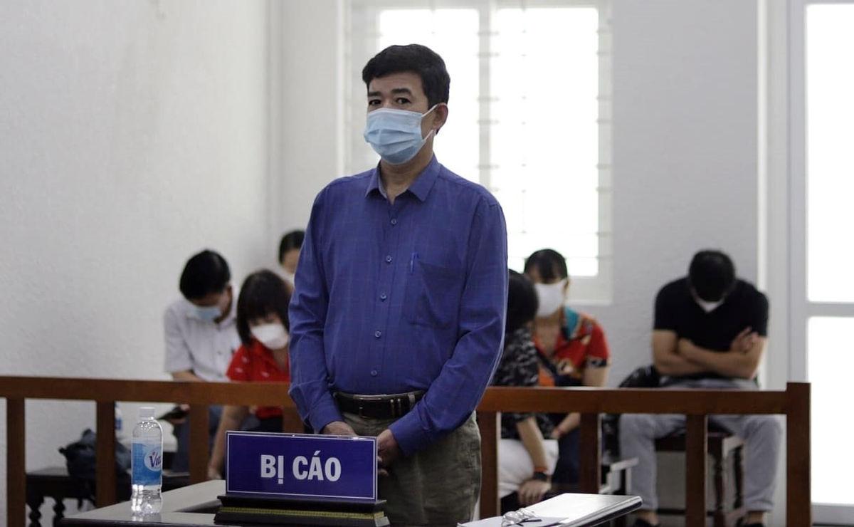 Bị cáo Đỗ Văn Khoa tại phiên toà xét xử (Ảnh: Công Lý)