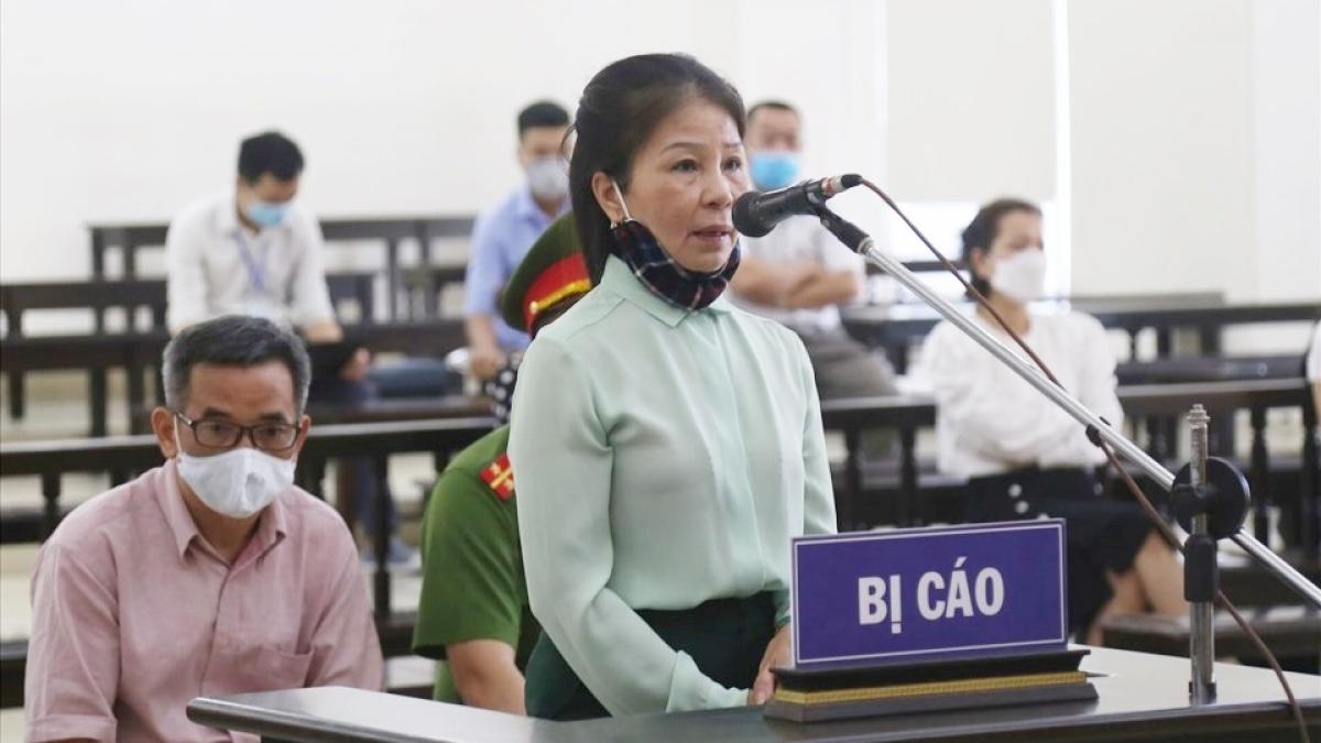 Bị cáo Nguyễn Thị Thanh Sơn tại phiên tòa phúc thẩm. (Ảnh: Anh Dũng)