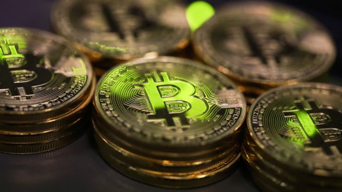 Bitcoin hiện là đồng tiền giá trị nhất trên thị trường tiền điện tử hiện nay. (Ảnh minh họa: Bloomberg)