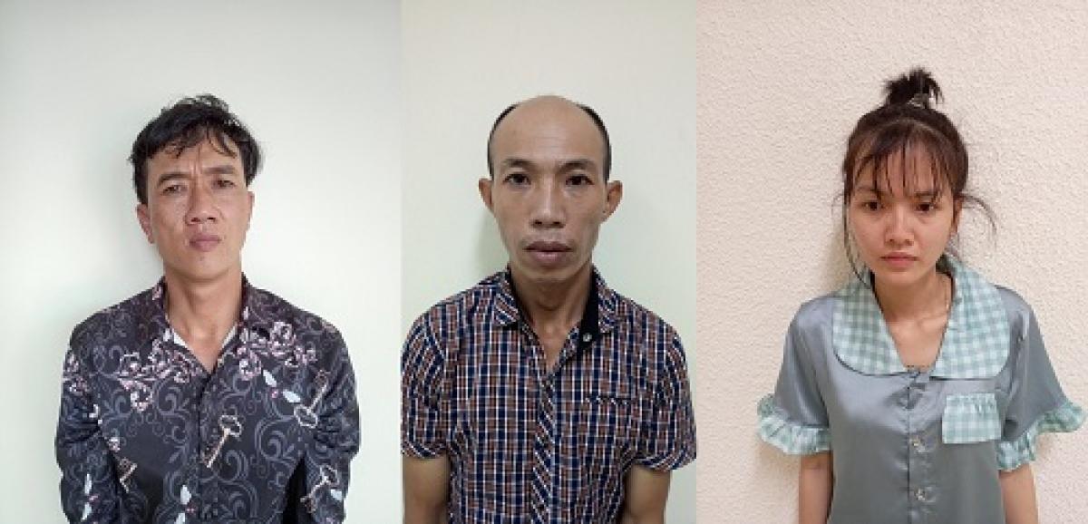 Các đối tượng Bùi Trọng Vinh; Nguyễn Văn Út và Nguyễn Thị Tú Anh tại Cơ quan điều tra (từ trái sang phải).