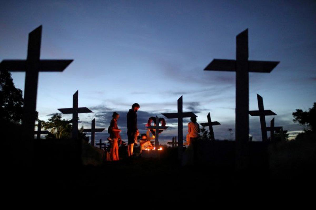 9 quốc gia hàng đầu báo cáo số người chết tính theo đầu người nhiều nhất trong tuần qua đều ở Mỹ Latin. Ảnh: Reuters