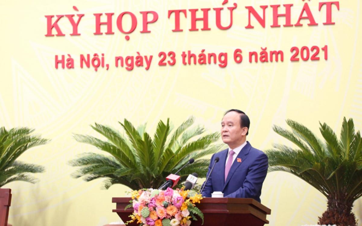 Chủ tịch HĐND Thành phố Nguyễn Ngọc Tuấn bế mạc kỳ họp.