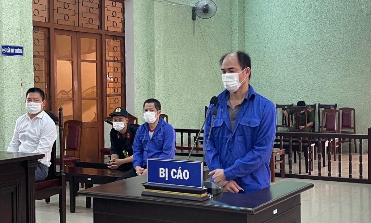 Bị cáo Hà Văn Đồng tại phiên tòa.